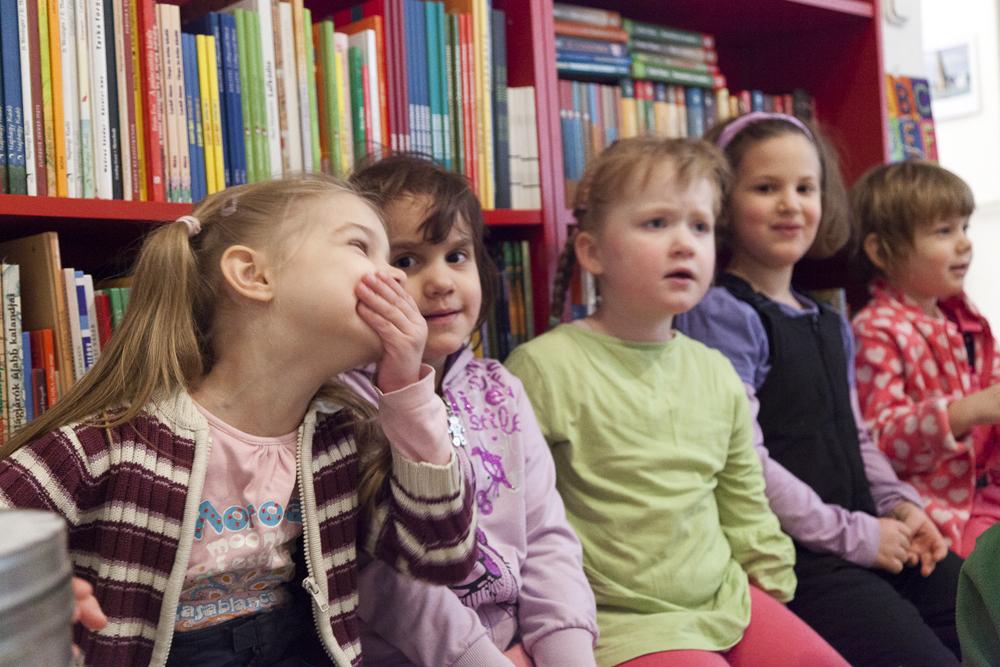 Péterfi Rita: Az olvasásfejlesztés nemzetközi tapasztalatai