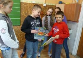 Könyvajándék hét a Debreceni Petőfi Sándor Általános Iskolában