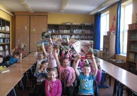 Könyvajándék Nap a százhalombattai Kőrösi Csoma Sándor  Általános Iskola könyvtárában