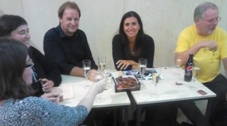 Az IBBY elnöke, Wally De Doncker és az IBBY libanoni szekciójának elnöke, Shereen Kreidyeh egy héttel korábban, az antwerpeni könyvvásáron. (Fotó: Magyar Gyermekirodalmi Intézet)